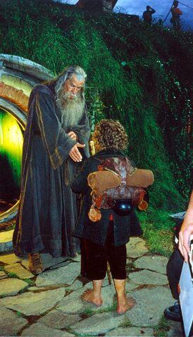 File:Gandalf & Bilbo (2).jpg