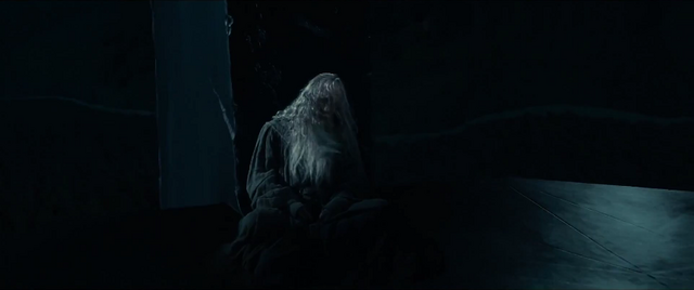 File:Gandalf Isengard Prisoner.png