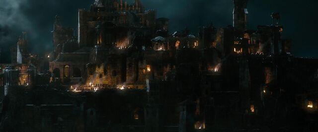 File:The.Hobbit.The.Battle.of.the.Five.Armies.2014.1080p.WEB-DL.AAC2.0.H264-RARBG-19-36-45-.JPG