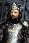 King Aragorn-0