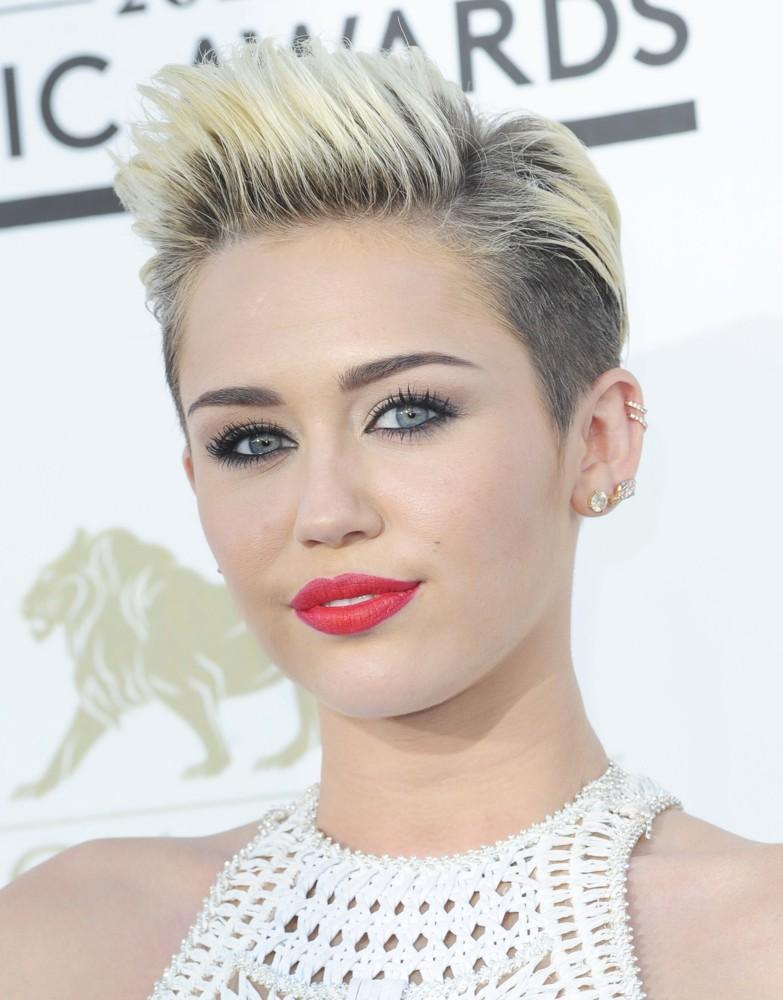 Miley CyrusHD Wallpapers
