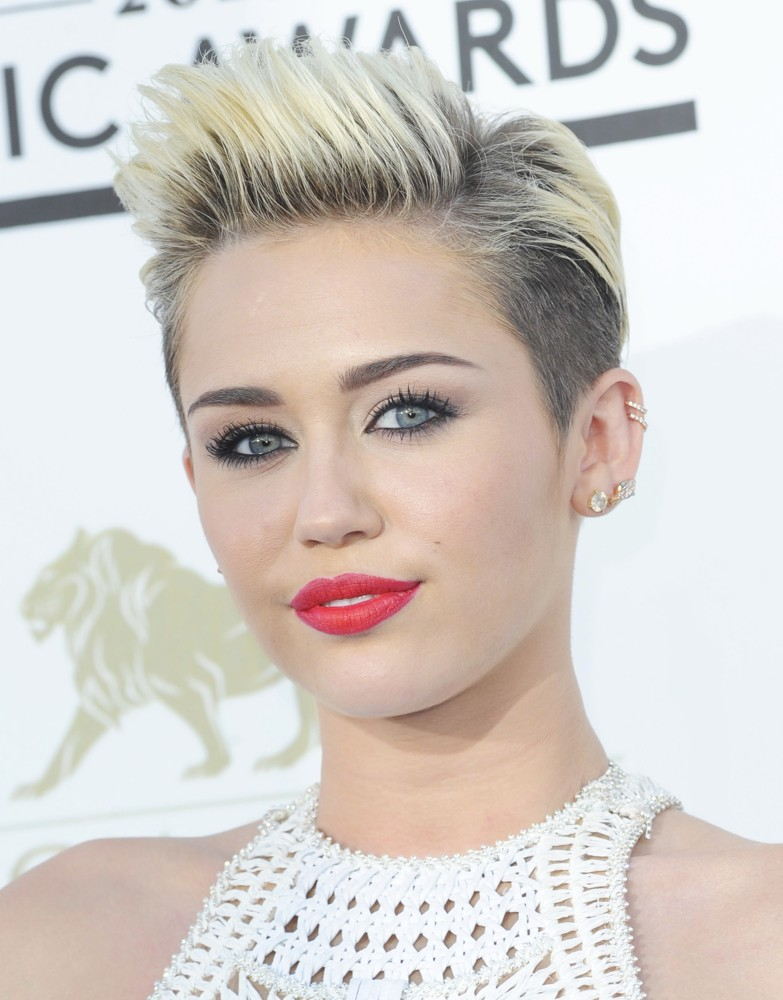 Miley CyrusHD Wallpapers