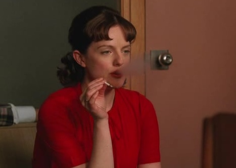 File:Mad-men-s03-e03-peggy.jpg