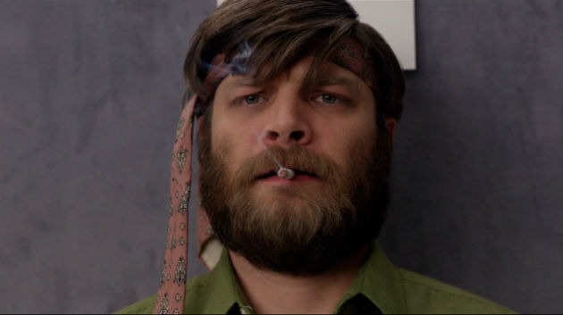 File:Mad-men-stan-tie-head.jpg