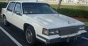 Cadillac Deville 4