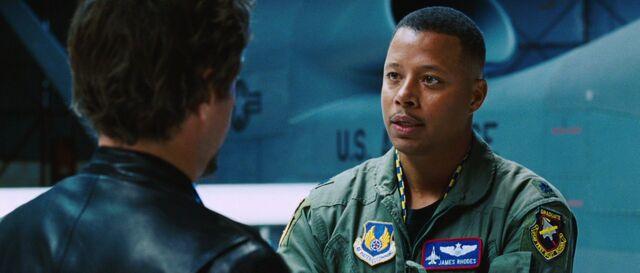 File:James-Rhodes-Speaks-to-Stark-Jet-IM.jpg