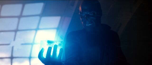 File:Red Skull holds the Cosmic Cube.jpg