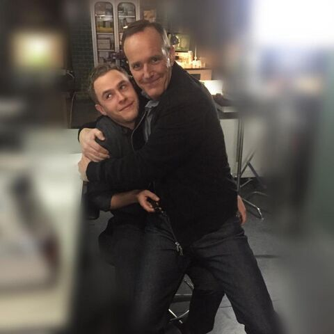 File:Coulson and Fitz BTS.jpg