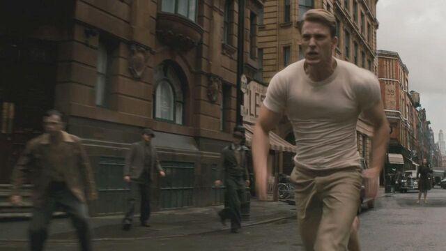 File:Steve runs.JPG