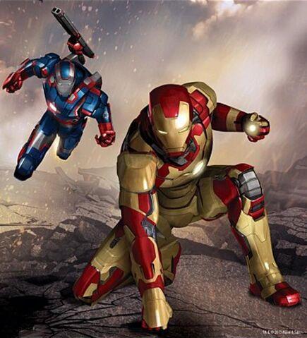 File:Iron Man 3 Ironman and Warmachine.jpg