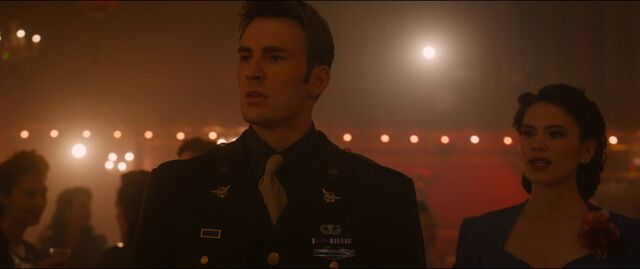 File:CaptainAmerica-Dream-PeggyCarter-AoU.jpg