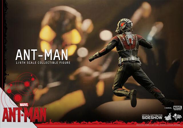 File:Ant-Man Hot Toys 15.jpg