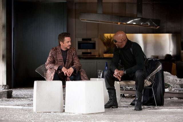 File:Iron man 2 100-1-.jpg
