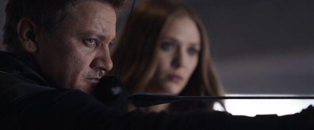 File:Hawkeye Civil War07.jpg