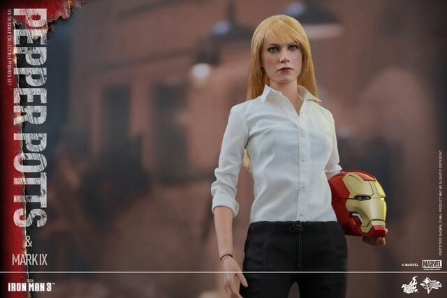 File:Iron Man Mark IX and Pepper Hot Toys 02.jpg