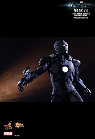 File:IRON MAN Mark VII Stealth Mode Hot Toys 07.jpg