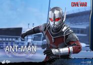 Ant-Man Civil War Hot Toys 8
