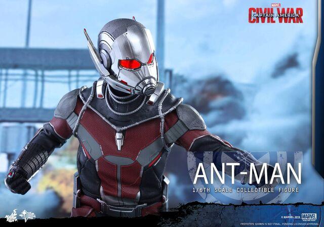 File:Ant-Man Civil War Hot Toys 16.jpg