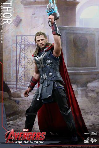 File:Thor AOU Hot Toys 1.jpg