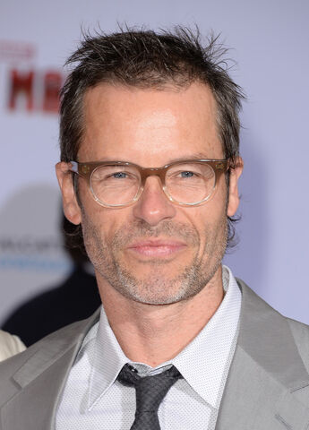 File:Guy Pearce.jpg