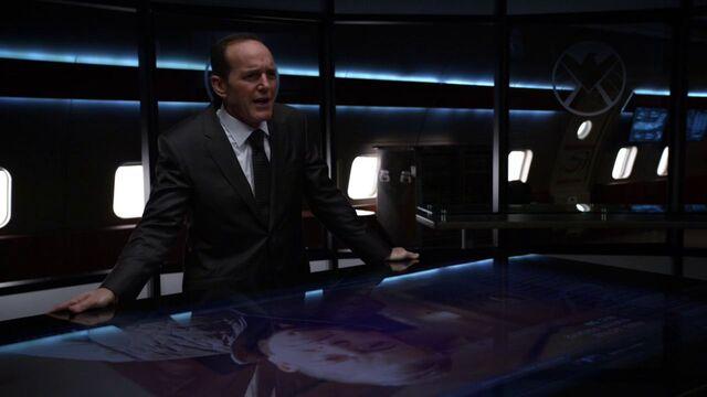 File:Phil-Coulson-speaks-to-Billy-Koenig.jpg