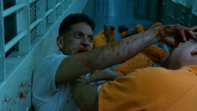 File:Punisher-PrisonFight-EyeGouge.jpg
