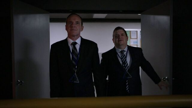 File:Phil-Coulson-Sam-Koenig-Theta-Protocal.jpg