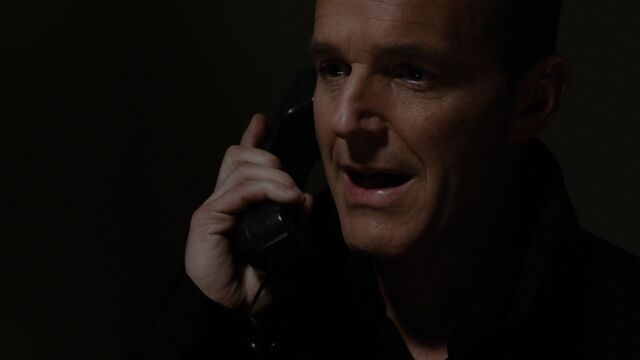 File:Coulson Speaks To Malick.jpg