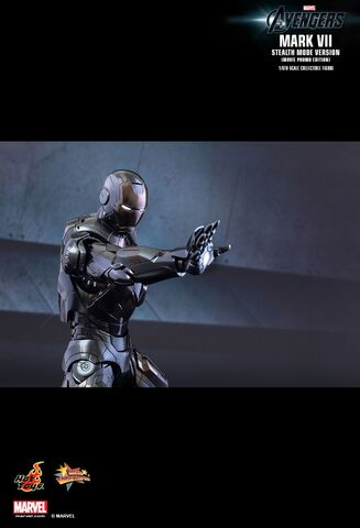 File:IRON MAN Mark VII Stealth Mode Hot Toys 06.jpg