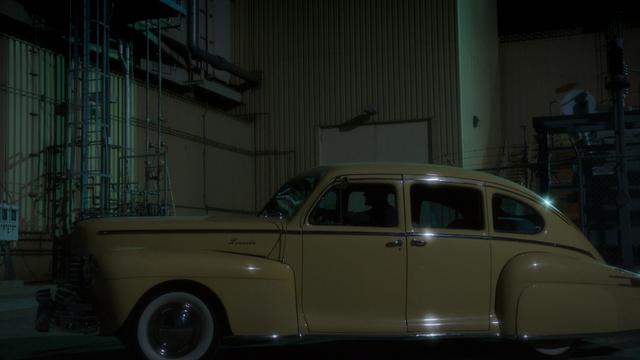 File:Howard Stark's Car (2x10).png