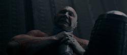 Drax-strangled-Ronan