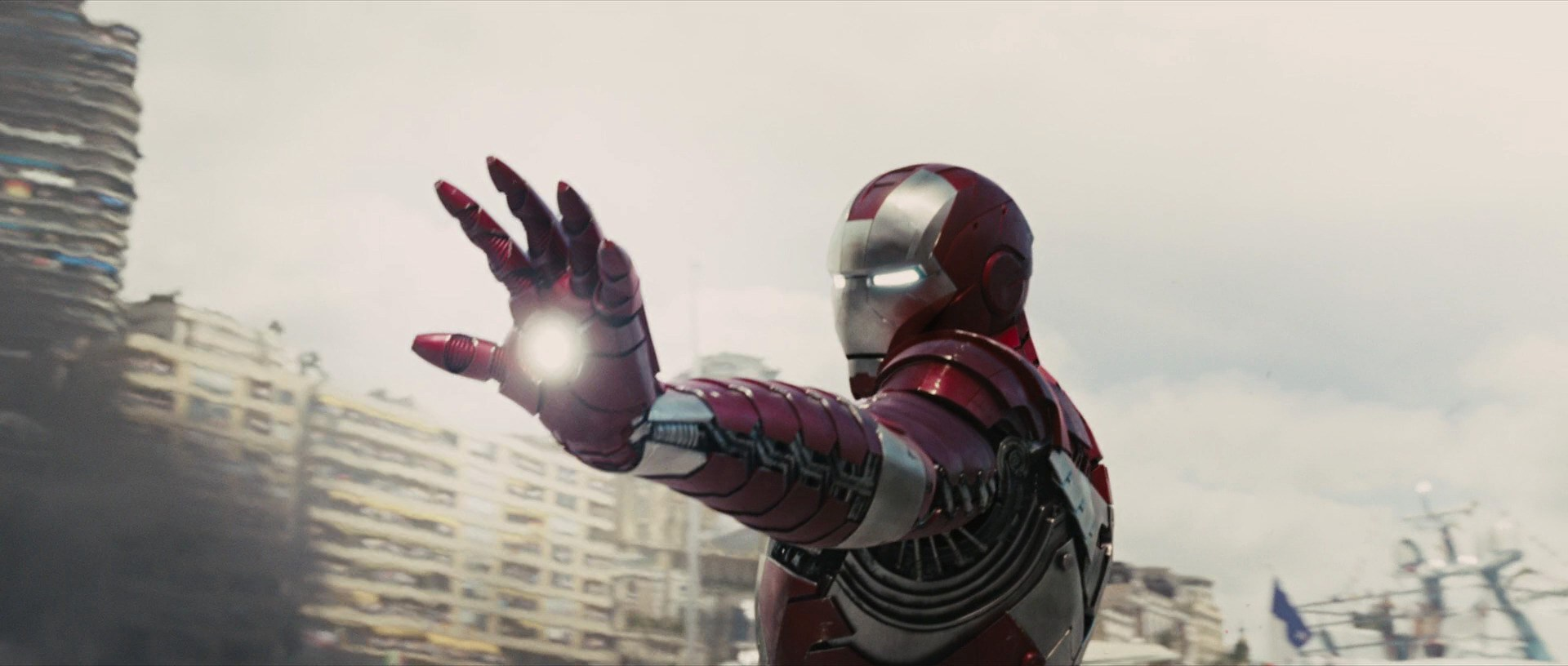File:IRON-MAN-2-markV.jpg