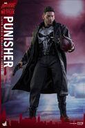 Punisher Hot Toys 14