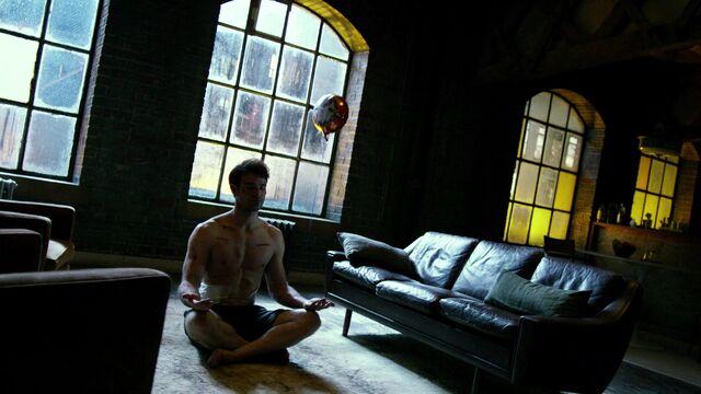File:Matt-Murdock-Meditates-S1E11.jpg