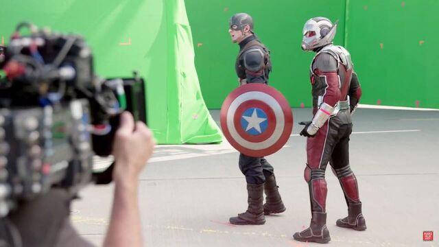 File:CW BtS Cap and Ant-Man.jpg
