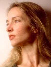 Julie Bell 001