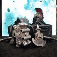 Gladiator Hulk armor from Thor Ragnarok at SDCC 2016