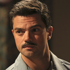 AC Howard Stark portal