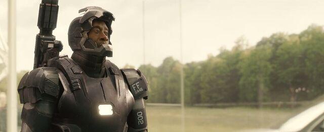 File:War Machine MK III Avengers Age of Ultron 2.jpg