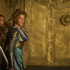 Frigga preparing to fight.