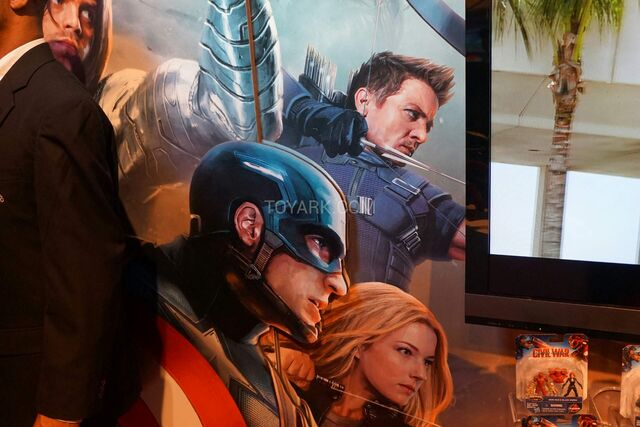 File:Captain America Civil War Promotional Art.jpg