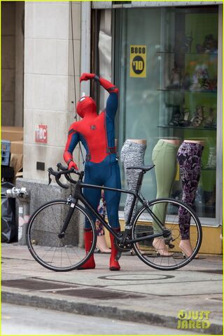 File:Spider-man-swings-into-action-on-set-17.jpg