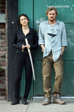 File:Iron Fist - Set - Danny and Colleen - September 17 2016 - 2.jpg