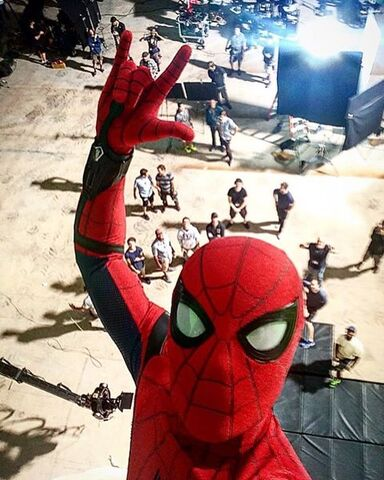 File:HollandSpideySelfie.jpg