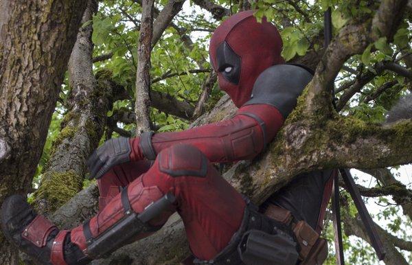 File:Deadpool film promo 2.jpg