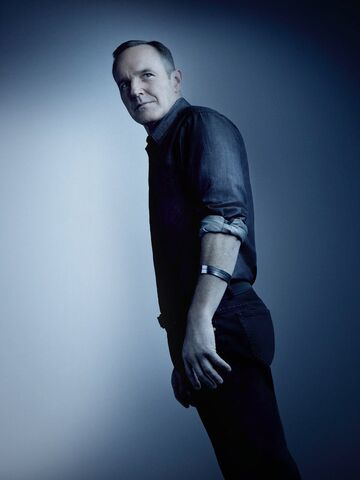 File:Agents Of SHIELD Season 4 Poster Coulson.jpg