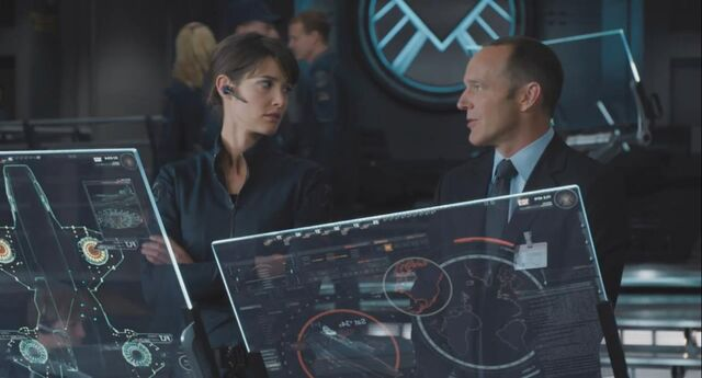 File:Maria Hill and Phil Coulson.jpg