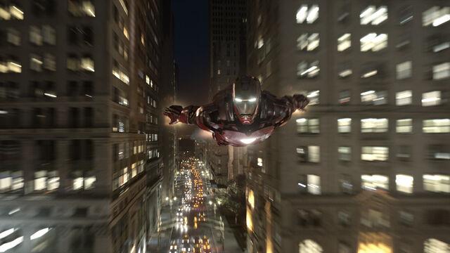 File:Iron Man Avengers 01.jpg