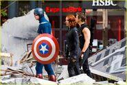 Scarlett-johansson-chris-evans-jeremy-renner-avengers-park-ave-15