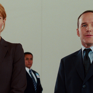 Pepper meets Agent Coulson for the first time